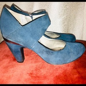 "Kenneth Cole Reaction blue suede & silver 4"" pumps"